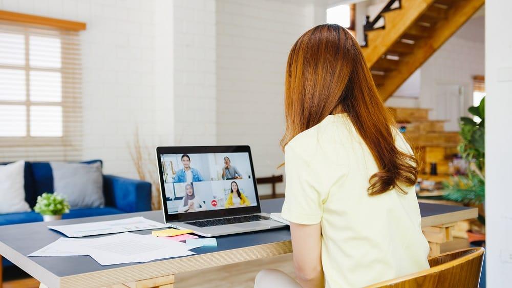LinkedIn vai permitir que maioria dos funcionários trabalhe remotamente